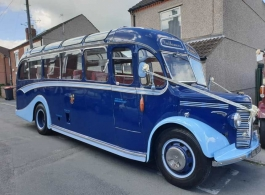 Vintage wedding coach hire in Nottingham
